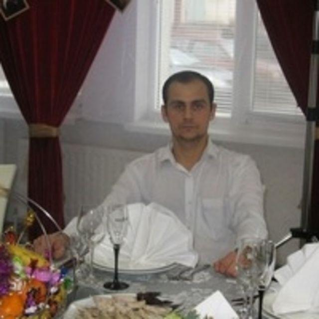 Александр Гаманец