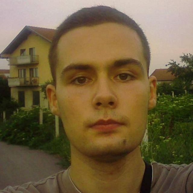 Никола Петровић
