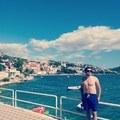 Kenan Elezovic, 27, Mostar, Bosna i Hercegovina